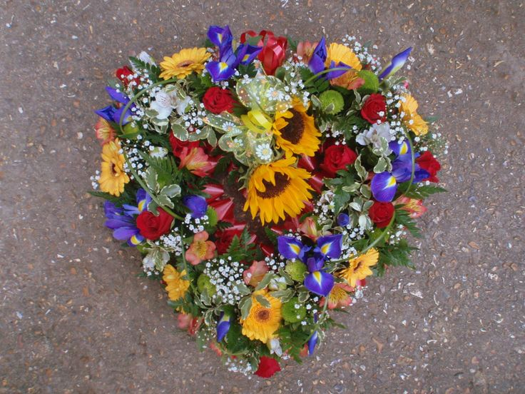 Colourful open heart wreath