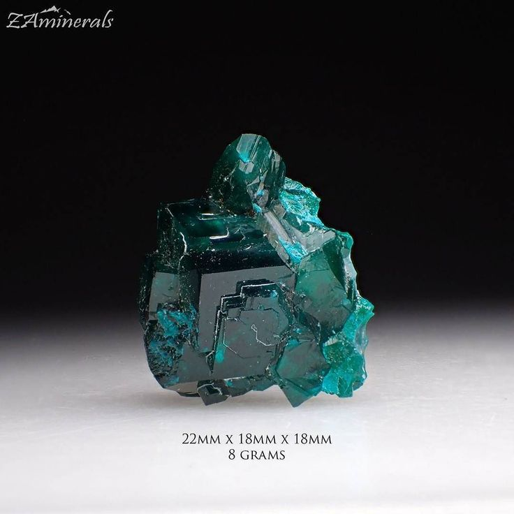 #Dioptase #Chrysocolla #Katanga #Congo #DRC PS3 Store link in bio If you're looking for anything in particular just use the store's search function under the header photo! #ZAminerals #RockOn #Crystals #Minerals #NoFilter #RockHound #mineralcollector #mineralcollection #RockCollection #RockShop #Geology #MineralsForSale #CrystalsForSale #crystal #crystallove #crystalhealing #cristais #holistic #instagood #igdaily  #africancrystals #Africanminerals