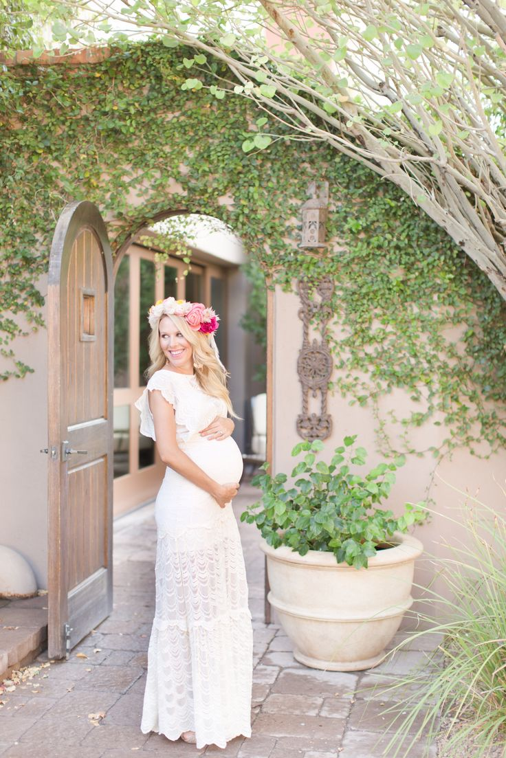 Southwest-Inspired Baby Shower - http://www.stylemepretty.com/living/2016/01/22/southwest-inspired-baby-shower/