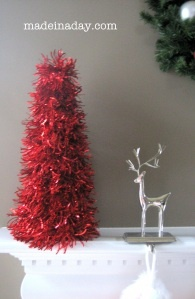 Simple Garland Trees: Christmas Crafts, Trees Crafts, Tinsel Trees, Cones Trees, Christmas Decor, Garlands Trees, Simple Garlands, Christmas Trees, Diy Christmas