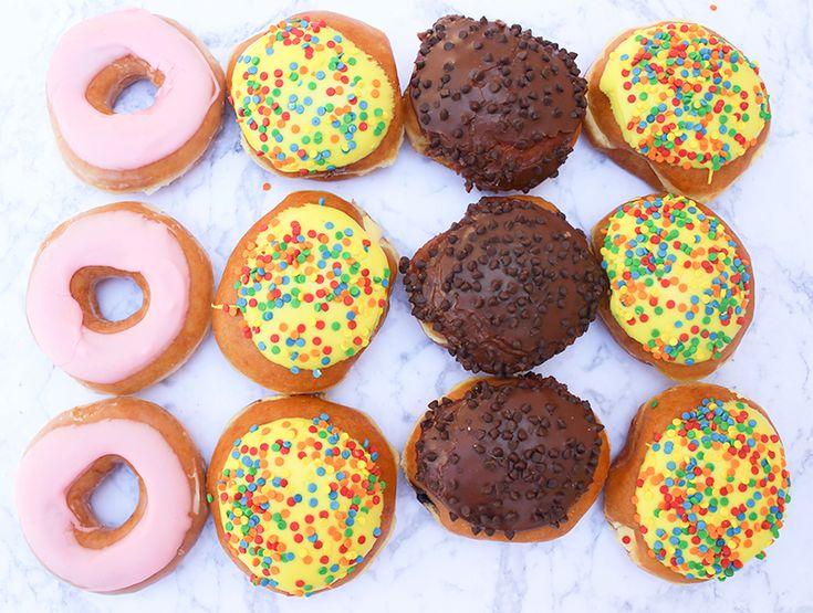 Krispy Kreme: 78-е Празднование дня рождения - можно купить за деньги губная помада