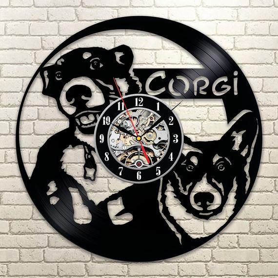 Best Original Wall Clock Made Of Vinyl Record Which Will Definitely Make Everyone Fall In Love With Your Place Clock Deta Vinyl Record Art Dog Wall Art Clock