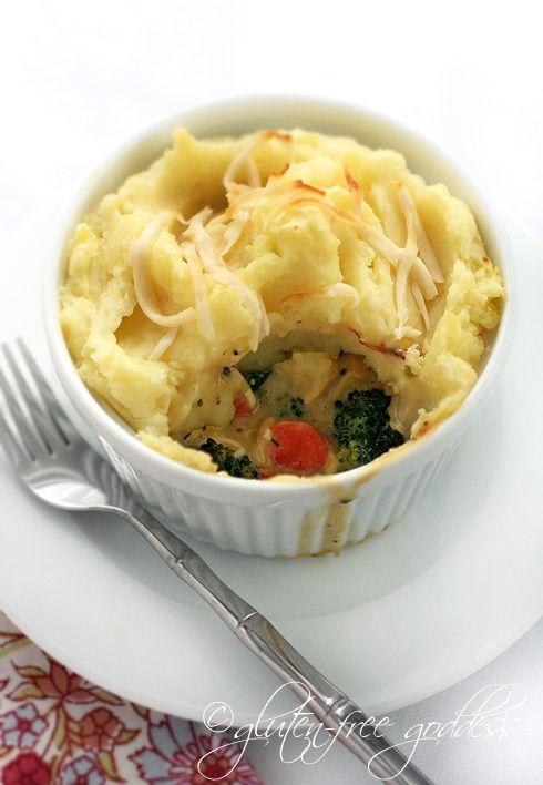 comfort food. gluten free shepherd's pie, can even be made vegan. via glutenfreegoddess.blogspot.com/