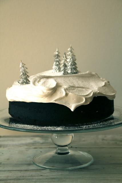 Beautiful winter landscape cake - love the swirls and the trees!