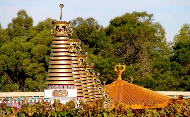 Templo Budista   Chagdud Gonpa Khadro Ling, Três Coroas, RS