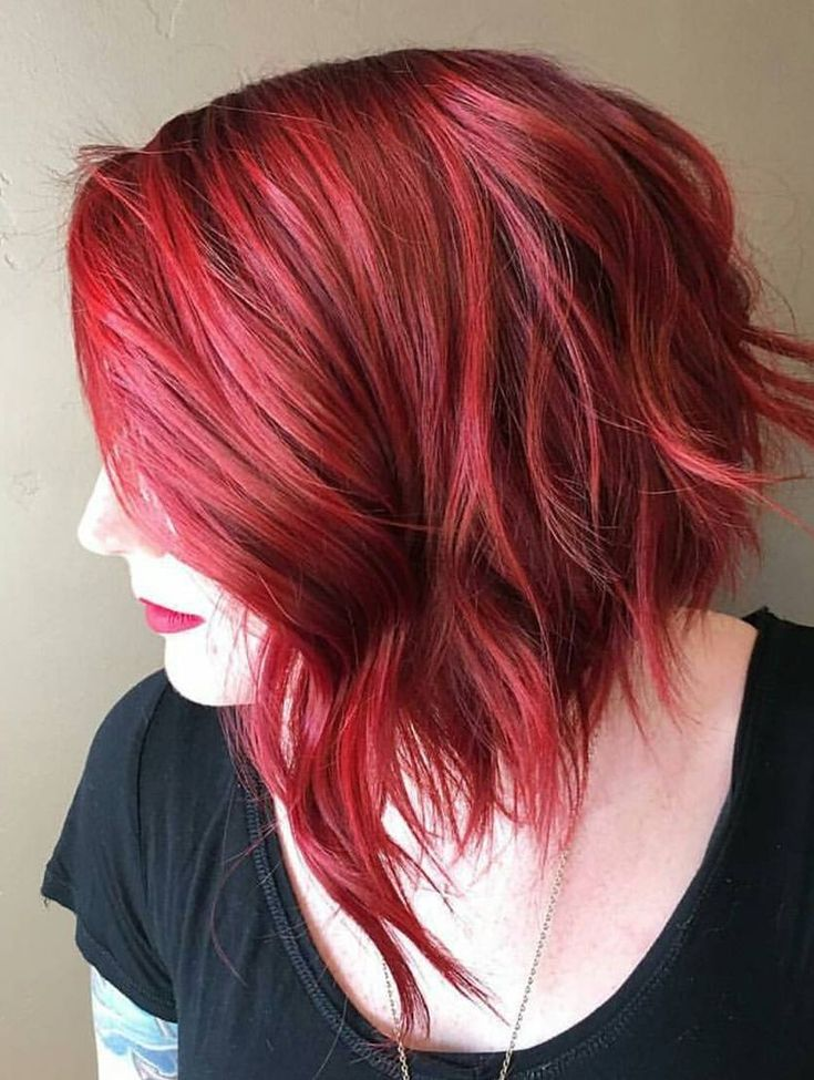 Beautiful fire shades of red hair! ••• 15 Ways To Add Bright Color To Your A-line Bob Haircut | CircleTrest