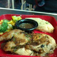 Grilled Chicken at Hoppipola Kolkata