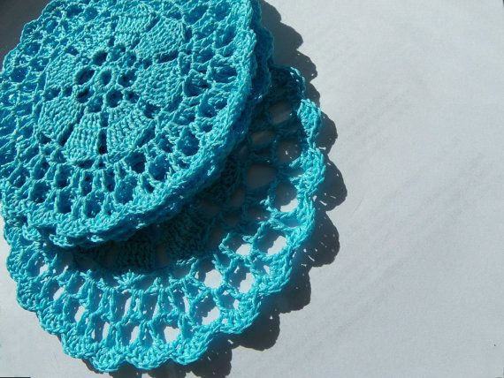 Napperons turquoises by Reriro on Etsy