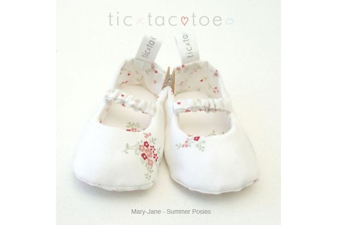 Mary-Jane Reversible Shoes - Summer Posies/Spring Bossom by Tic Tac Toe