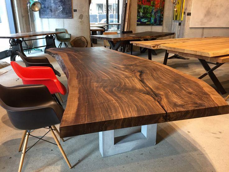 baumtisch unverleimt aus einem st ck table dinningtable tisch massivholztisch nussbaum. Black Bedroom Furniture Sets. Home Design Ideas