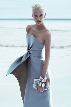 stunning strapless by Armani [Wow, that dress is gorgeous & she is stunning! ~sdh/HHBakes.com]
