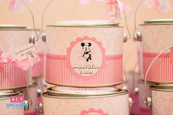 Vintage Minnie Mouse Party via Kara's Party Ideas | KarasPartyIdeas.com #vintage #minnie #mouse #girl #party #ideas (3)