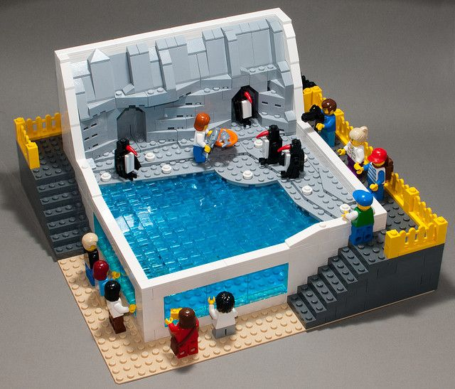 #LEGO Penguins at the Zoo. Aww.  This is so realistic.  Great enclosure and total scene.