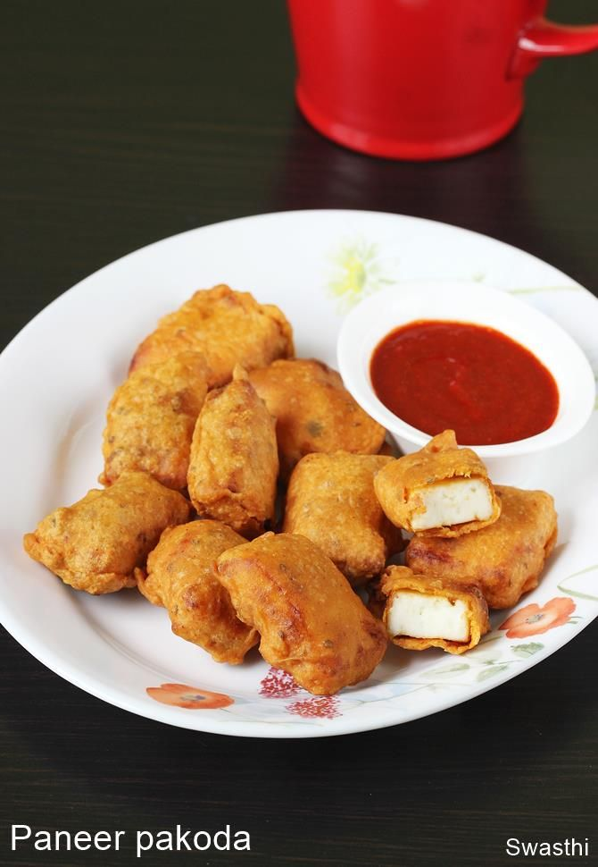 Paneer pakora recipe with video and step by step photos. Spicy, delicious, crispy and flavorful paneer pakoda that any one will love with green chutney