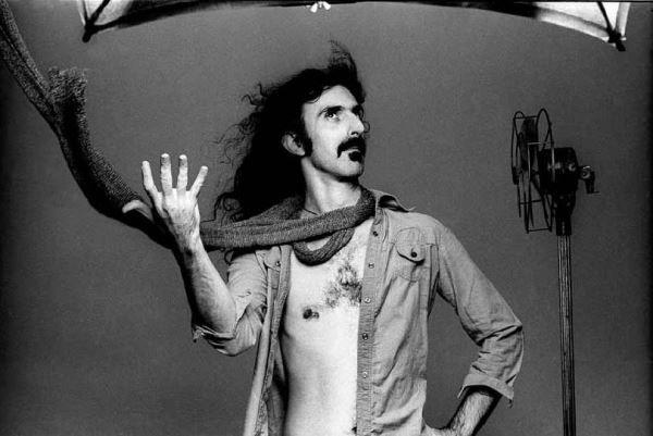 76 χρόνια απο την γέννηση του Frank Zappa