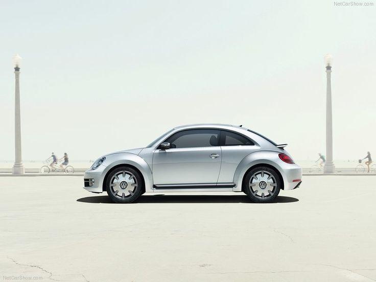 Volkswagen-Beetle_Classic_Side_Angle
