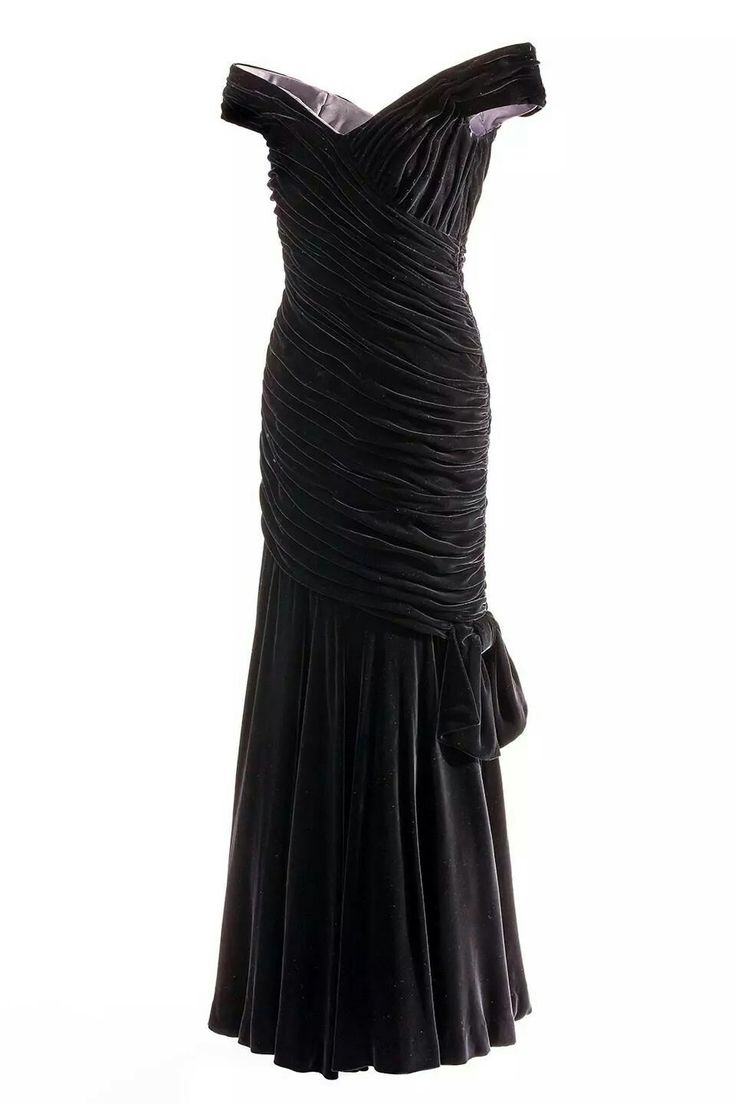 The black evening dress by Victor Edelstein worn by Princess Diana when she danced with stars like John Travolta.