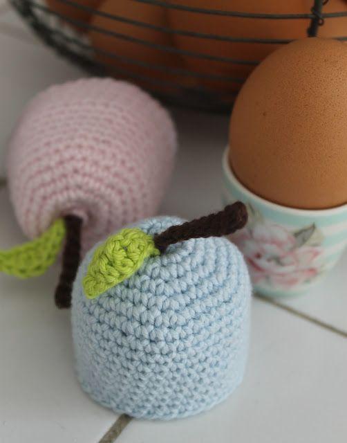 """En kreativ verden: Hæklede """"æble"""" æggevarmer. DIY"""