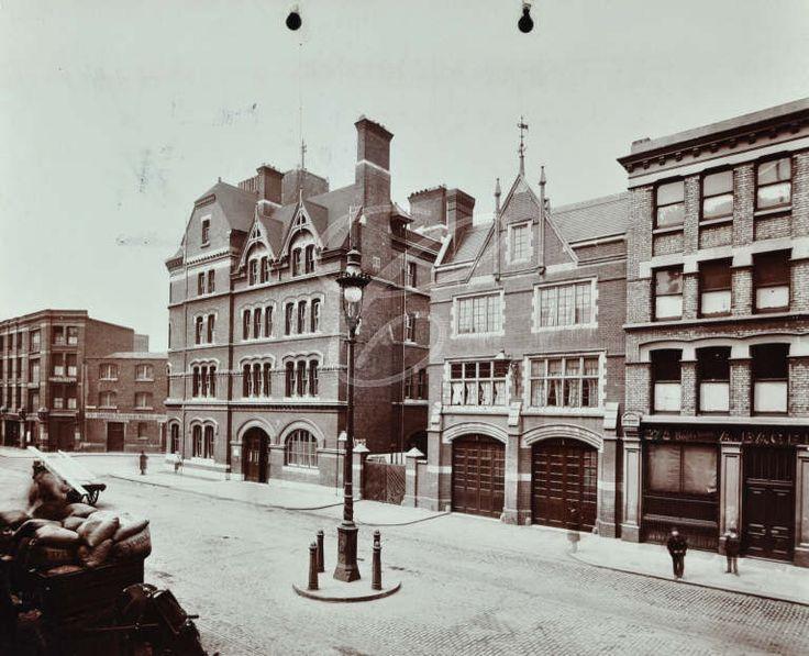 Whitechapel Fire Station, 1902