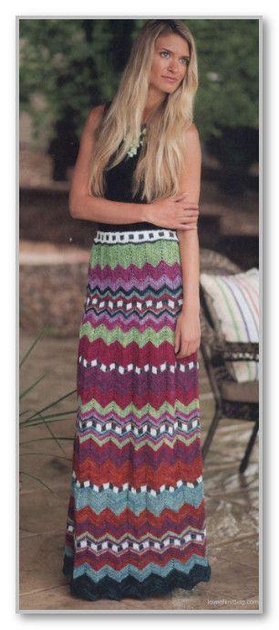 Вязание спицами. Многоцветная длиная юбка в складку с узором зиг-заг. Размеры: S (М, L)