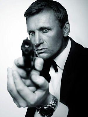 JAMES BOND 007 themed ENTERTAINMENT TO HIRE - LOOKALIKES  UK Entertainment Agency - Manchester, London, Brighton and Birmingham www.calmerkarma.co.uk  Tel:  020 3602 9540