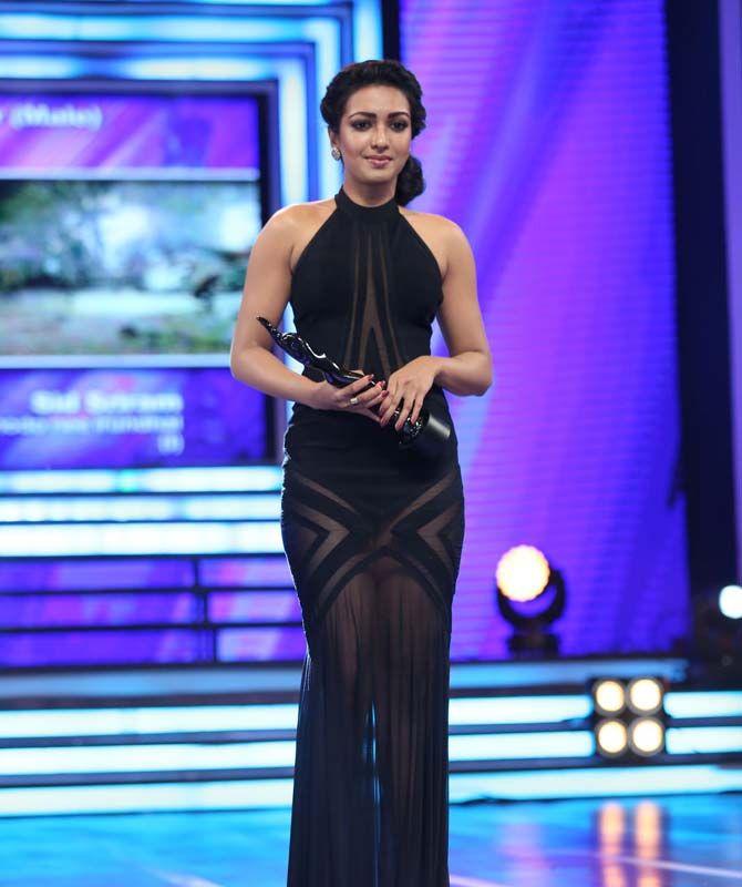 Catherine Tresa at Filmfare Awards South 2016. #Kollywood #Tollywood #Fashion #Style #Beauty #Hot #Sexy