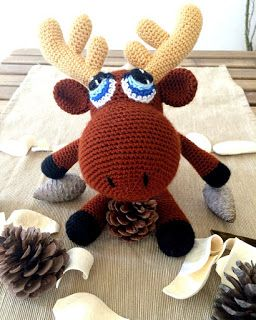 33Threads: Alkis, the baby moose amigurumi