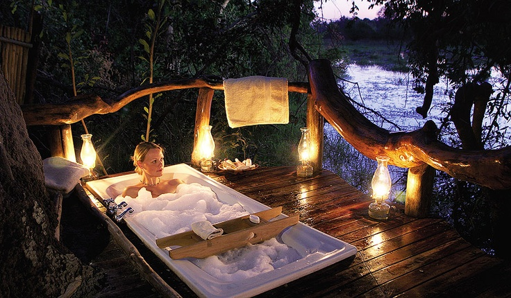 Pom Pom Camp > Okavango Delta > Botswana > prices