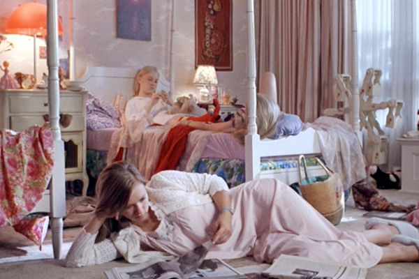 Check out our shopping list to turn your bedroom into the Virgin Suicides'!