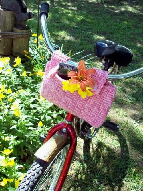 Crochet Bike Basket - tasca borsa per bicicletta all'uncinetto