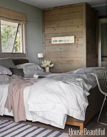 Natural and muted bedroom. Design: Harriet Maxwell MacDonald and Andrew Corrie. #bedroom #neutral