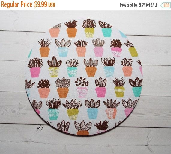 SALE  succulents Mouse Pad mousepad / Mat  round or by Laa766  chic / cute / preppy / computer, desk accessories / cubical, office, home decor / co-worker, student gift / patterned design / match with coasters, wrist rests / computers and peripherals / feminine touches for the office / desk decor