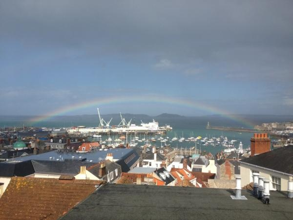 A rainbow #LoveGuernsey (Submitted by @Flomineek via Twitter)