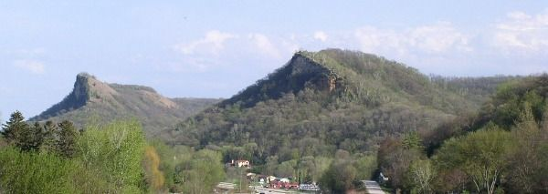 Hillsides of the Driftless Area (image by McGheiver on Wikimedia) - On the ground, the topography is even more dramatic, particularly along the Mississippi River valley. In the image below, two hillsides part of Great River Bluffs State Park in Minnesota show the steepness of relief that can be found in the area.