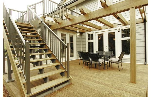 Second floor deck with walk out basement patio this for Deck designs over walkout basement