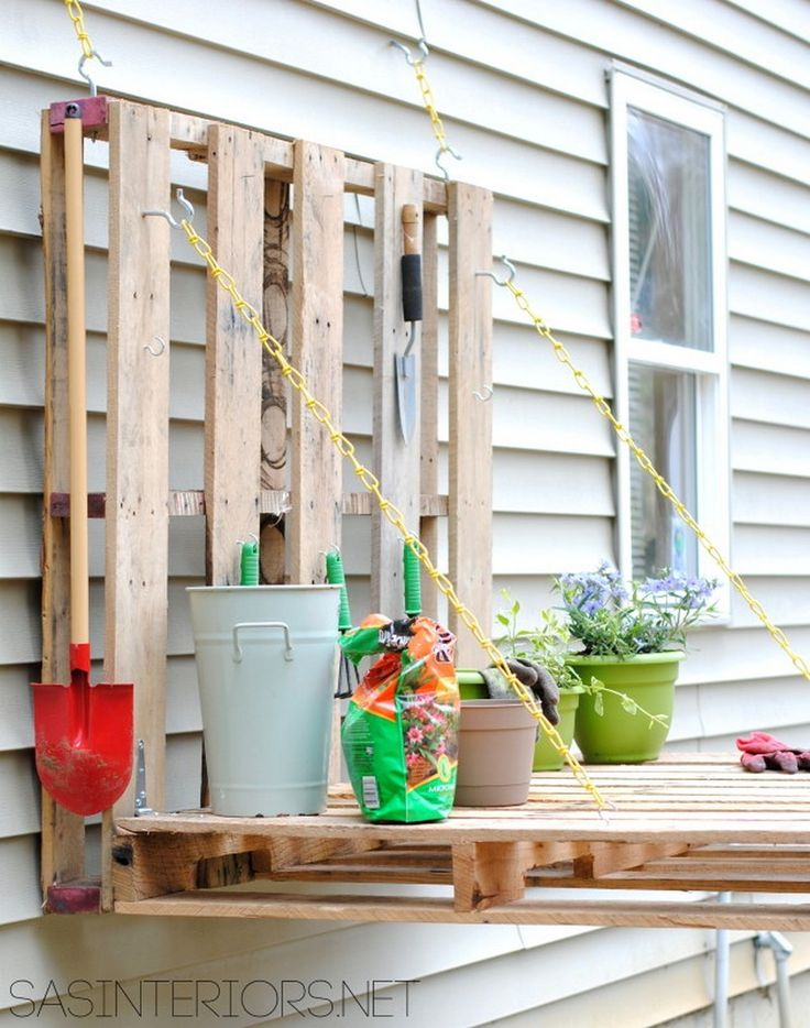 Do you need a potting bench in your garden? There's nothing easier and cheaper than this DIY gardening bench we found which takes only about half an hour to make! What makes this project better than other pallet potting benches is that you don't need a crowbar or a jigsaw to dismantle the planks. You'll be using the pallets as they are. Plus, you can easily adjust the work surface to a desired height. It's designed to be mounted on any vertical surface that's good for holding up the weigh...