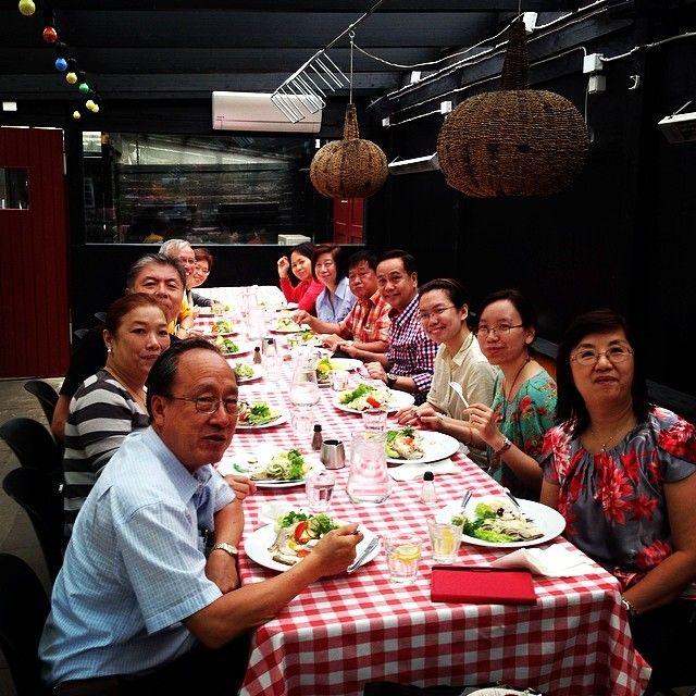 Friday we had a tour with 12 phillipines around #copenhagen here #eating #smørrebrød, #food #foodporn. So nice #people, #best #job@in the #world. #copenhagenfavorites #cph #kbh #københavn #voreskbh #visitcopenhagen #sharingcph #deldinby #delditkbh #copenhagenize #kigopkbh www.toursincopenhagen.com