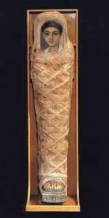 About 900 mummy portraits are known at present. The majority were found in the necropoleis of Fayum. Due to the hot dry Egyptian climate, the paintings are frequently very well preserved, often retaining their brilliant colours seemingly unfaded by time.