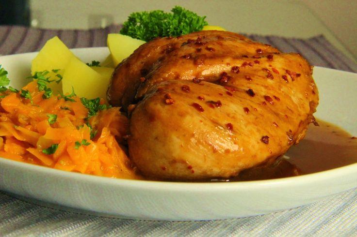 """V kuchyni vždy otevřeno ...: Marinované kuřecí prso s mrkvovým """" zelím """""""