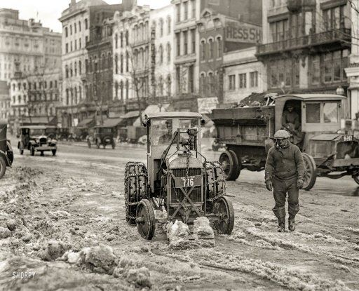"Washington, D.C., 1925. ""Snow removal -- Ford Motor Co. (Fordson) tractor, Pennsylvania Avenue.""  http://www.shorpy.com/node/21535 National Photo"