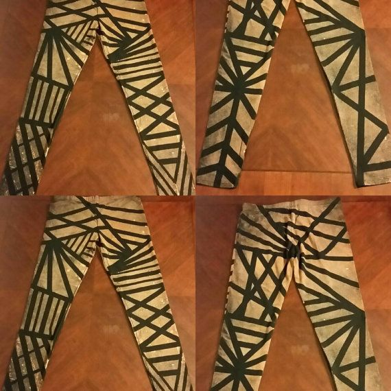 Check out this item in my Etsy shop https://www.etsy.com/ca/listing/506620199/geometric-leggings