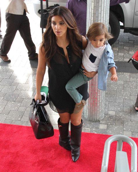 Kim Kardashian Mason Disick Photos: The Kardashian Girls Arriving At Their Hotel In Miami