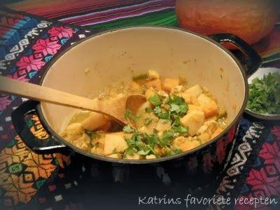 Pittig-zoete stoofschotel met kip, pompoen en kweepeer