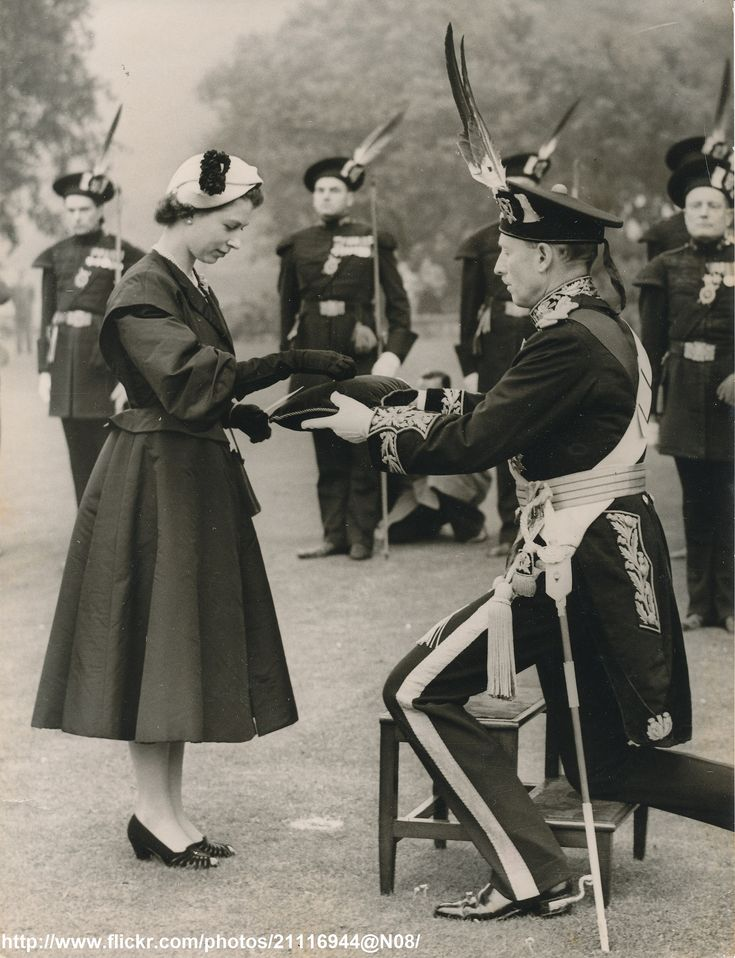https://flic.kr/p/gmbVS3 | Queen Elizabeth and Company of Archers | DATE.Summer 1952 D:The Queen inspects Royal Company of Archers /original photo