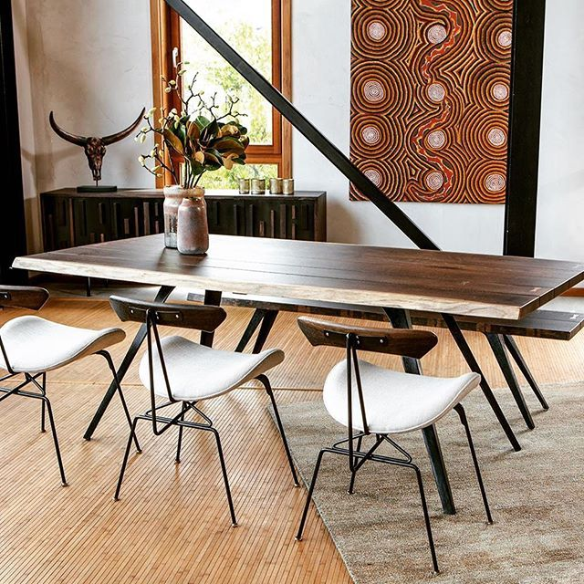 Incredibly attractive Vega #Dining table & Lamb Dining Chairs #design #interiordesign