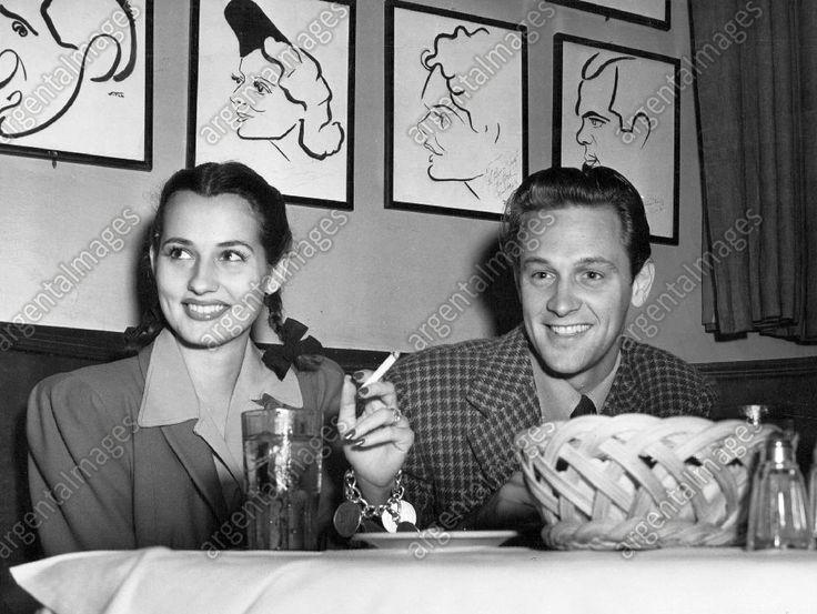 William Holden and Brenda Marshall (1941)