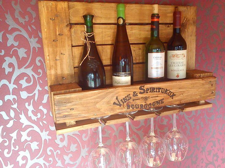 Weinregale - ***kleines Weinregal aus alter Industriepalette*** - ein Designerstück von La--Maison bei DaWanda