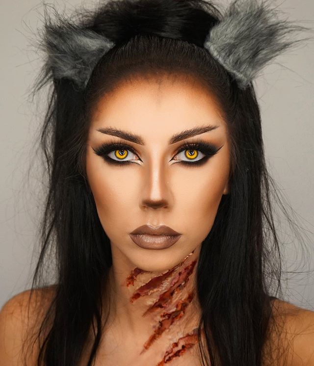 In this photo I took inspiration from the dark contour that had been done which made me want to keep all my colours dark for when it come to doing my werewolf. The lip colour caught my attention the most and I chosen to keep within my theme as soon as I seen this makeup and kept to using all nude/brown colours.