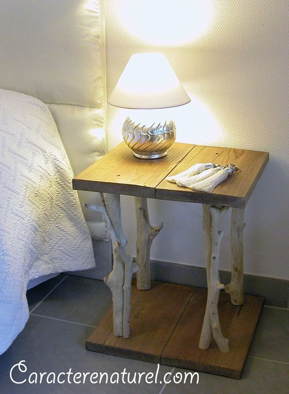 Table de chevet faite main en bois