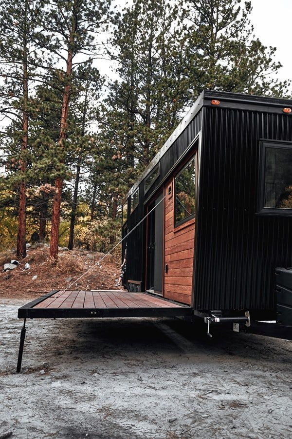 Draper Tiny House Has Room For Your Stuff And Your Friends Tiny House Exterior Tiny House Trailer Tiny Mobile House